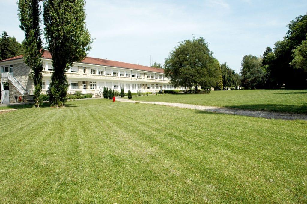 Clinique Médicale Brugnon Agache, centre de soins de suite et de Réadaptation situé à Beaujeu (70)